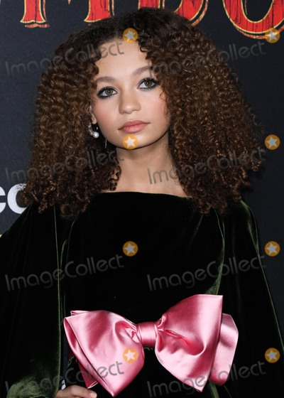 Nico Parker Photo - HOLLYWOOD LOS ANGELES CA USA - MARCH 11 Actress Nico Parker wearing Gucci arrives at the Los Angeles Premiere Of Disneys Dumbo held at The Ray Dolby Ballroom and El Capitan Theatre on March 11 2019 in Hollywood Los Angeles California United States (Photo by David AcostaImage Press Agency)