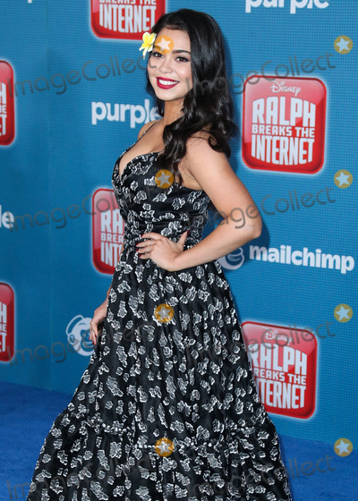 Aulii Cravalho Photo - HOLLYWOOD LOS ANGELES CA USA - NOVEMBER 05 Actress Aulii Cravalho wearing Thai Nguyen Atelier arrives at the World Premiere Of Disneys Ralph Breaks The Internet held at the El Capitan Theatre on November 5 2018 in Hollywood Los Angeles California United States (Photo by Xavier CollinImage Press Agency)