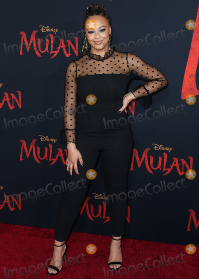 Nia Sioux Photo - HOLLYWOOD LOS ANGELES CALIFORNIA USA - MARCH 09 Actress Nia Sioux Frazier arrives at the World Premiere Of Disneys Mulan held at the El Capitan Theatre and Dolby Theatre on March 9 2020 in Hollywood Los Angeles California United States (Photo by Xavier CollinImage Press Agency)