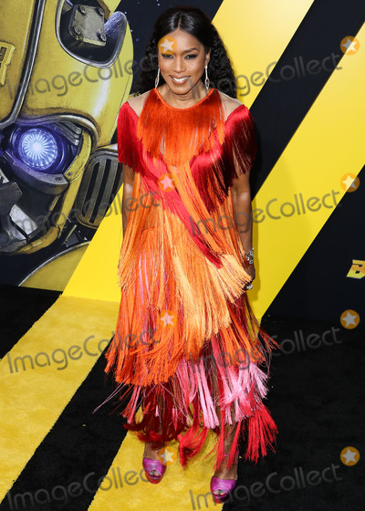 Alberta Ferretti Photo - HOLLYWOOD LOS ANGELES CA USA - DECEMBER 09 Actress Angela Bassett wearing an Alberta Ferretti dress an Emm Kuo clutch and Hearts on Fire jewelry arrives at the Los Angeles Premiere Of Paramount Pictures Bumblebee held at the TCL Chinese Theatre IMAX on December 9 2018 in Hollywood Los Angeles California United States (Photo by Xavier CollinImage Press Agency)