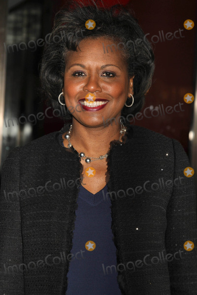 Anita Hill Photo - The 21st Annual Glamour Women of the Year Awards Carnegie Hall NYC November 7 2011 Photos by Sonia Moskowitz Globe Photos Inc 2011 Anita Hill