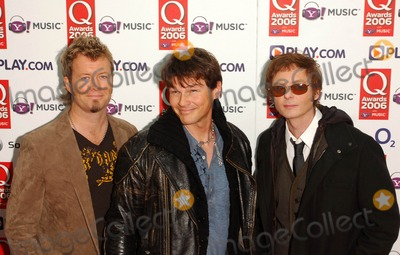 A-Ha Photo - 301006 A-ha Q Awards 2006 Grosvenor House Hotel  Park Lane London 10-30-2006