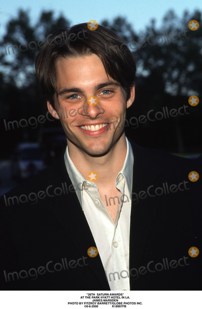 Saturn Awards Photo - 26th Saturn Awards at the Park Hyatt Hotel in LA James Marsden Photo by Fitzroy BarrettGlobe Photos Inc 6-6-2000