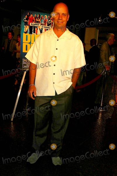 Scott Hamilton Photo - Dirty Deeds World Premiere at the Directors Guild of America Hollywood CA 08-23-2005 Photo Clinton Hwallace-photomundo-Globe Photos Inc Scott Hamilton