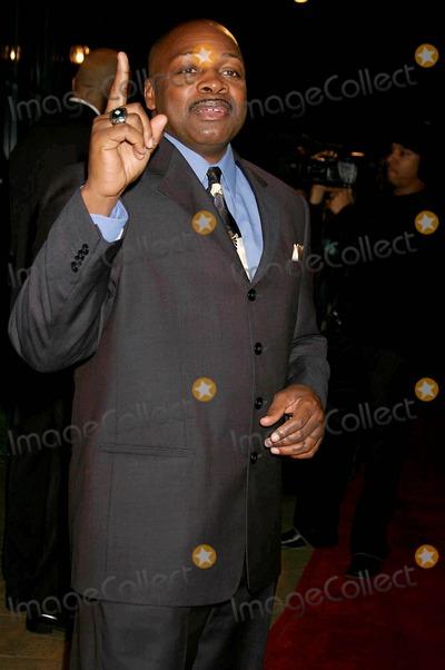 Ken Carter Photo - the 13th Annual Los Angeles Inner City Destiny Awards Honors Coach Ken Carter Celebrity Centre Hollywood  CA 01-16-2005 Photo ClintonhwallacephotomundoGlobe Copyright 2004 Coach Ken Carter