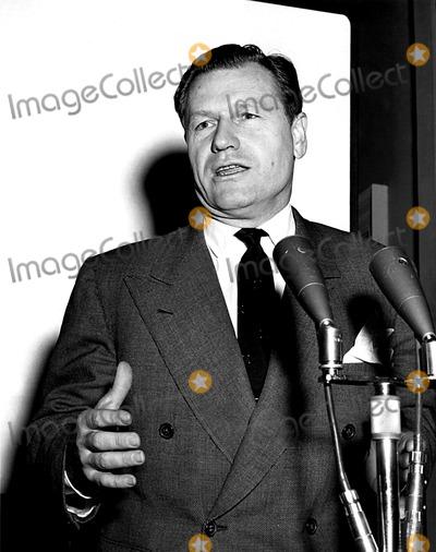 Nelson Rockefeller Photo - Nelson Rockefeller 1141955 HeGlobe Photos Inc