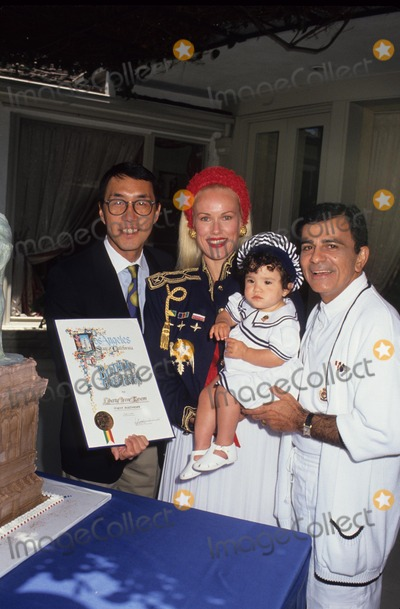 Casey Kasem Photo - Casey Kasem with Michael Woo  Jean  Liberty 1991 L1565 Photo by Craig Skinner-Globe Photos Inc