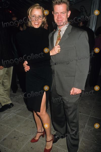 RITZ CARLTON Photo - Felicity Huffman with William H Macy Abc Tca Press Tour Party at Ritz Carlton 1999 K14487lr Photo by Lisa Rose-Globe Photos Inc