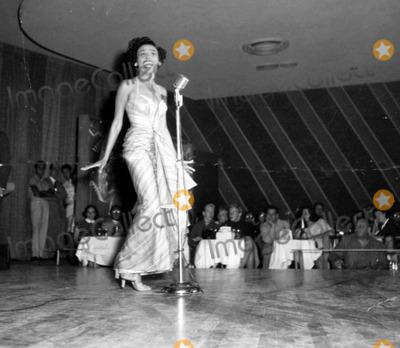 Lena Horne Photo - Lena Horne Photo by Globe Photos Inc
