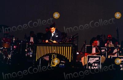 Lionel Hampton Photo - Bco Lionel Hampton Performs at Nys Madison Square Garden in 1991 Photo Bruce CotlerGlobe Photos Inc