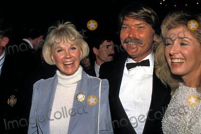 Terry Melcher Photo - Photo Ralph Domiguez Globe Photos Inc 1988 Terry Melcher and Doris Day Terrymelcherretro Dorisdayretro