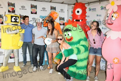 Jaime Ray Newman Photo - YP GABBA GABBA DI ROK STEPHANIE PRATT BLAKE LEWIS JAIME RAY NEWMAN BOBBY CAMPO CAMILLE GUATY MONICA RAYMUNDACTORS SINGER AND YO GABBA GABBAYO GABBA GABBA AND CELEBRITY FRIENDS CELEBRATE HABITAT FOR HUMANITY PARTNERSHIP WITH HOME BUILDLYNWOOD CA 08-12-2010PHOTO BY GRAHAM WHITBY BOOT-ALLSTAR-GLOBE PHOTOS INC 2010K66119ALST