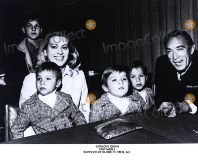 Anthony Quinn Photo - Anthony Quinn and Family Supplied by Globe Photos Inc