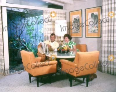 Alan Ladd Photo - Alan Ladd and Wife Sue Photo Globe Photos Inc