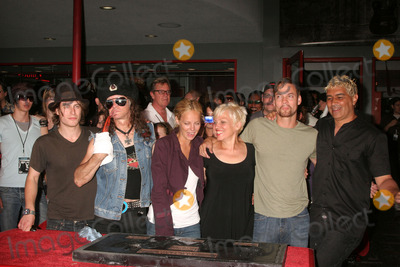 The Germs Photo - I13580CHWTHE GERMS INDUCTED INTO HOLLYWOODS ROCKWALK 7425 SUNSET BLVD HOLLYWOOD CA  082008THE GERMS POSING WITH ACTORS - L-R - NOAH SEGAN DON BOLLES BIJOU PHILLIPS LORNA DOOM WITH SHANE WEST AND PAT SMEAR  PHOTO CLINTON H WALLACE-PHOTOMUNDO-GLOBE PHOTOS INC