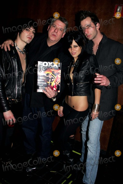 Nirvana Photo - FOXXCODE MAGAZINE CELEBRATES THE SOON TO BE DEBUTED FIRST ISSUE WITH PARTIES AT MANSION NIGHTCLUB AND NIRVANA RESTAURANTNEW YORK CITY 01-28-2009PHOTOS BY RICK MACKLER RANGEFINDER-GLOBE PHOTOS INC2009CARL VAN NEVIUS THE EDITOR  IN CHIIEF OF FOXXCODE MAGAZINE  AND SINGERMODEL NATASHA KOMIS (CENTER)  WITH FRIENDSK60956RM