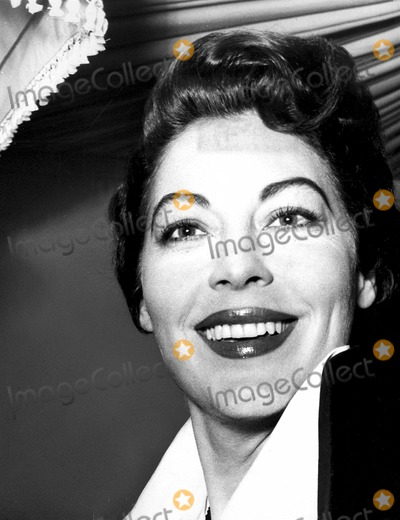 Ava Gardner Photo - Ava Gardner 1957 Photo by Globe Photos Inc