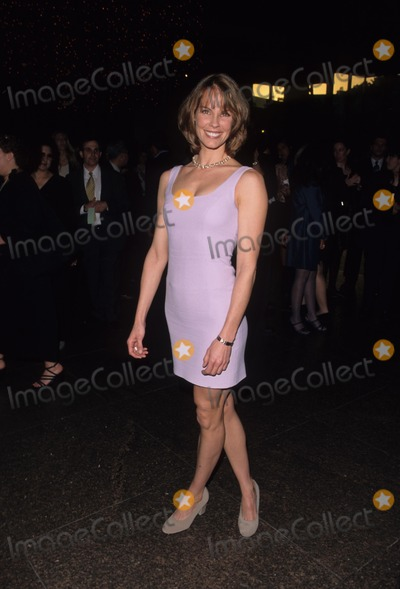 Alexandra Paul Photo - Alexandra Paul at Gender Apartheid Event in Los Angeles 1999 K15191fb Photo by Fitzroy Barrett-Globe Photos Inc