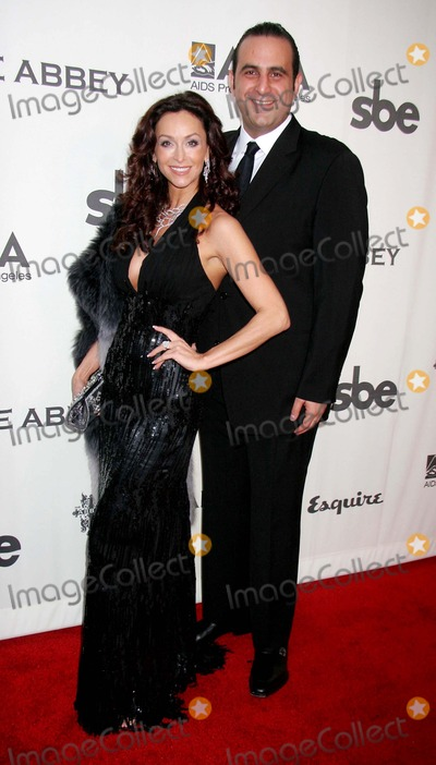 Sam Nazarian Photo - the Envelope Please 6th Annual Oscar Viewing Party to Benefit Apla Hosted by Jennifer Love Hewitt the Abbey West Hollywood CA 02-25-2007 Sofia Milos and Sam Nazarian Photo Clinton H Wallace-photomundo-Globe Photos Inc