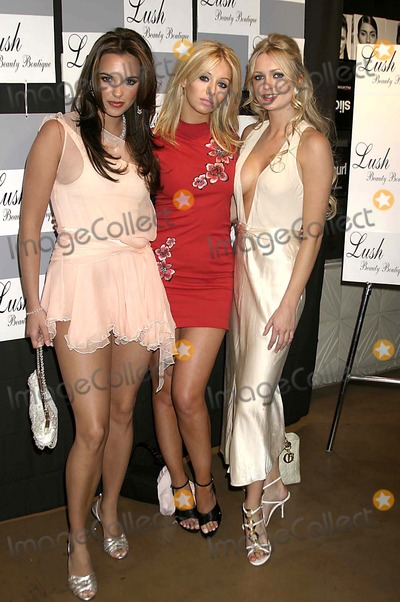 Anouska De Georgiou Photo - Lush Beauty Boutique Presents Salon Spa and Swag Beverly Hills California 03-14-05 Photo Clinton H WallacephotomundoGlobe Photos 2005 Jodi Albert Ashley Mulheron and Anouska DE Georgiou - California Dreaming Cast - British Tv Show