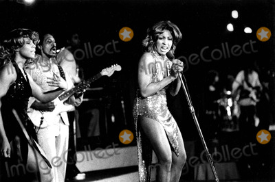 Tina Turner Photo - Tina Turner Ny702 Supplied by Globe Photos Inc