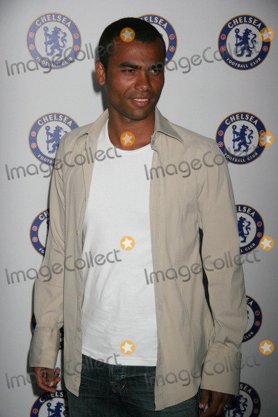 Ashley Cole Photo - Chelsea Football Club Celebrate Us Tour with Exclusive Hollywood Party Private Estate Hollywood CA 07-18-2007 Ashley Cole - Chelsea Football Player Photo Clinton H Wallace-photomundo-Globe Photos Inc