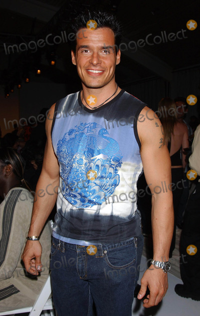 Antonio Sabato Jr Photo - Custo Barcelona Fashion Show at Smashbox Studios Culver City California 03302004 Photo by Miranda ShenGlobe Photos Inc2004 Antonio Sabato Jr