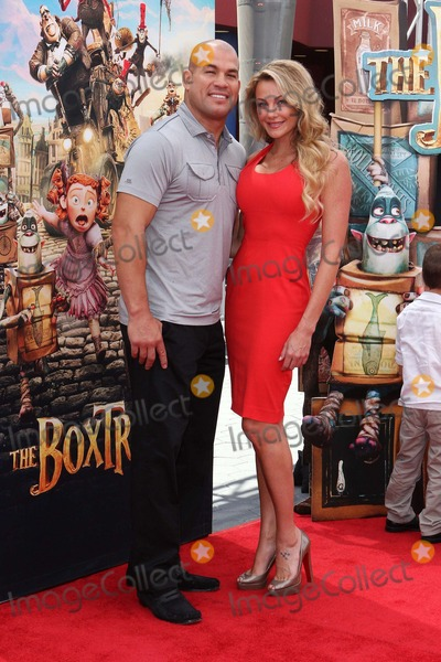 Amber Miller Photo - Tito Ortiz Amber Miller Attend Los Angeles Premiere of the Boxtrolls on September 21st 2014 at Universal Citywalk - Universal Citycaliforniausaphototleopold Globephotos