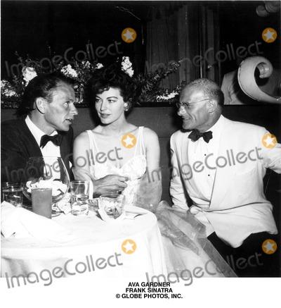 Ava Gardner Photo - Ava Gardner Frank Sinatra Globe Photos Inc