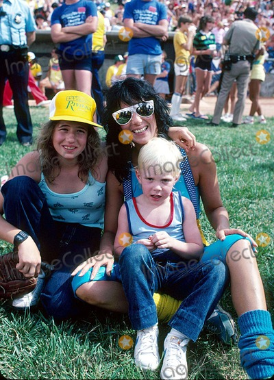 Elijah Blue Allman Photo - Cher with Daughter Chasity Bono and Son Elijah Blue Allman 1981 15119 Photo by Allan S Adler-ipol-Globe Photos Inc