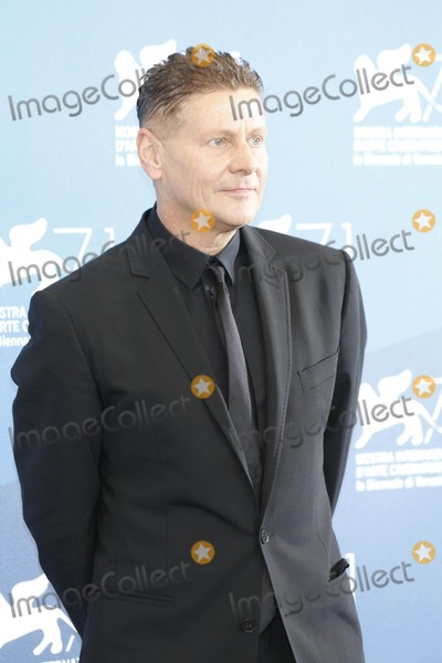 Andrew Niccol Photo - Andrew Niccol Good Kill Photo Call 71st Venice Film Festival September 05 2014 Venice Italy (c)roger Harvey Photo by Roger Harvey- Globe Photos Inc