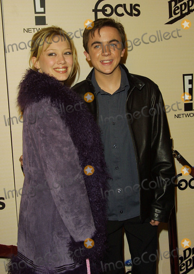 Hilary Duff Photo - Hilary Duff and Frankie Muniz Sizzlin 16 E Online Honors the Top 16 Young Men and Women Club Ad Hollywood CA January 30 2002 Photo by Nina PrommerGlobe Photos Inc 2002
