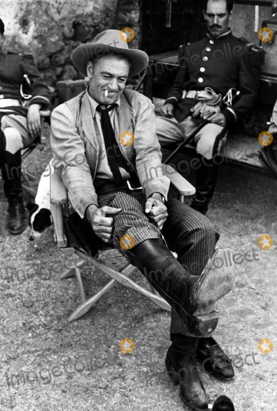 Gary Cooper Photo - Gary Cooper Photo Don OrnitzGlobe Photos Inc