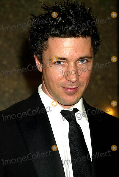 Aidan Gillen Photo - 2004 Tony Awards Arrivals at Radio City Music Hall  New York City 06052004 Photo by Sonia MoskowitzGlobe Photosinc Aidan Gillen