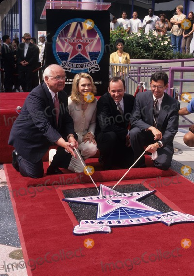 Johnny Grant Photo - Kevin Spacey with Leron Gubler and Faye Dunaway and Johnny Grant at Faye Dunaway Honored with Hollywood Walk of Fame Star in Los Angeles 1996 K6385fb Photo by Fitzroy Barrett-Globe Photos Inc