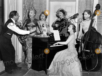 Ann Sheridan Photo - The Set of the Opposite Sex From Left to Right Are Dolores Gray_ Joan Blondell_barbara Jo Allen_june Allyson_ann Sheridan Globe Photosinc