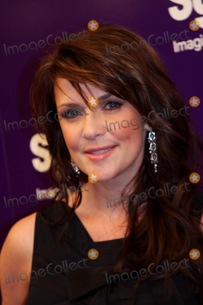 Amanda Tapping Photo - Syfy Upfront Party the Museum of Modern Art New York City 03-16-2010 Photo by Barry Talesnick -ipol-Globe Photos Inc 2010 Amanda Tapping
