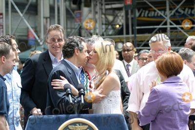 Andrew Cuomo Photo - New York City Gay Pride  Heritage Parade 2011 photo by Bruce cotler-globe Photos Inc 06  26 20 11 Andrew Cuomo  Sandra Lee