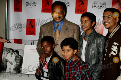Al B Sure Photo - I14537CHW The Official Michael Jackson Opus Publication And Unveiling Reception The Luxe Hotel Bel-Air CA  120809 REVEREND JESSE JACKSON POSING WITH JAAFAR JACKSON AND JERMAJESTY JACKSON - SONS OF JERMAINE JACKSON WITH CHRISTIAN COMBS- SON OF SEAN PDIDDY COMBS AND QUINCY BROWN - SON OF MUSICIAN AL BSURE      Photo Clinton H Wallace-Photomundo-Globe Photos Inc 2009