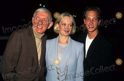 Aaron Spelling Photo - nowherepremiere Laemmle 5 Los Angeles Aaron Spelling with Family Candy Spelling and Randy Spelling Photo by Phil Roach-ipol-Globe Photos Inc