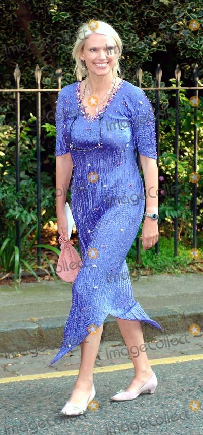 Anneka Rice Photo - 07062004 000927 Sir David Frosts Summer Party Chelsea London Photo by Brett ParkerglobelinkukGlobe Photos Anneka Rice