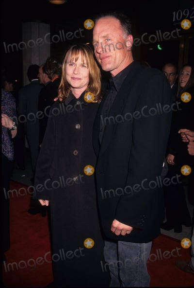 Amy Madigan Photo - Ed Harris with Amy Madigan 1997 Absolute Power Premiere in Los Angeles Photo by Lisa Rose-Globe Photos Inc