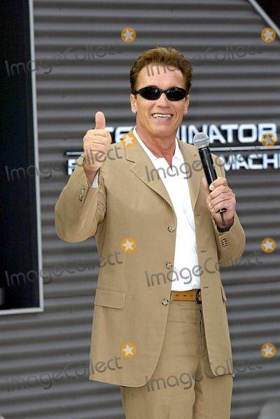 ARNOLD SCHWARZENEGER Photo - 05172003 Arnols Schwarzenegerin Cannes to Promote Terminator 3 the Rise of the Machines on the Specialy Built T3 Stage Outside the Carlton Hotel Cannes Pic Creditmark LileyallstarGlobe Photos