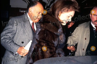 Jacqueline Kennedy Onassis Photo - Jacqueline Kennedy Onassis and Maurice Emplesman at Premiere Phto by M GerberGlobe Photos Inc 1992 Jacquelinekennedyonassisretro