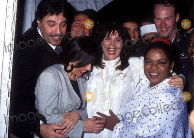 Nell Carter Photo - Nell Carter with Susan Munao and Francine Orlando Photo by Craig SkinnerGlobe Photos Inc 1991 L1328 Nellcarterretro