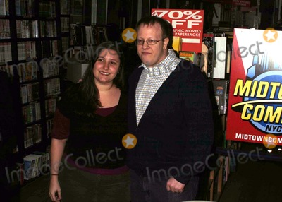 Amber Benson Photo - A duel meet and greet at MIDTOWN COMICS by actress author AMBER BENSON to promote her book CATS CLAW and author performer anton strout to promote his bookDEAD MATTER NYC 02-26-2010 Photos by  Rick Mackler Rangefinder-Globe Photos Inc2010ANTON STROUTK63715RM