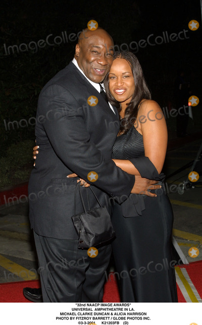 Alicia Harrison Photo - 32nd Naacp Image Awards Universal Amphitheatre in LA Michael Clarke Duncan  Alicia Harrison Photo by Fitzroy Barrett  Globe Photos Inc 3-3-2001 K21203fb (D)