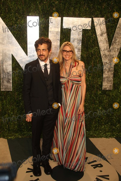 Aimee Mann Photo - Singer Aimee Mann and Guest Attend the 2012 Vanity Fair Oscar Party at Sunset Tower in Los Angeles USA Am 26 Februar 2012 Photo Alec Michael-Globe Photos Inc
