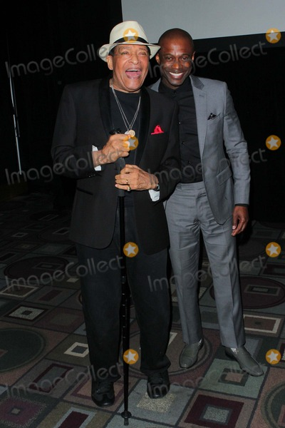 Al Jarreau Photo - Al Jarreau and Kem Attend the 46th Naacp Image Pre-awards Ceremony Held at the Pasadena Convention Center on February 5th 2015 in Los Angelescalifornia UsaphototleopoldGlobephotos