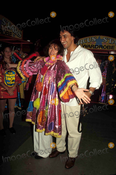 Jackie Bisset Photo - -7-1997 Barnum and Bailey Circus ( Jacqueline ) Jackie Bisset and Emir Boytepe Photo Byerma-michelson-Globe Photos Inc